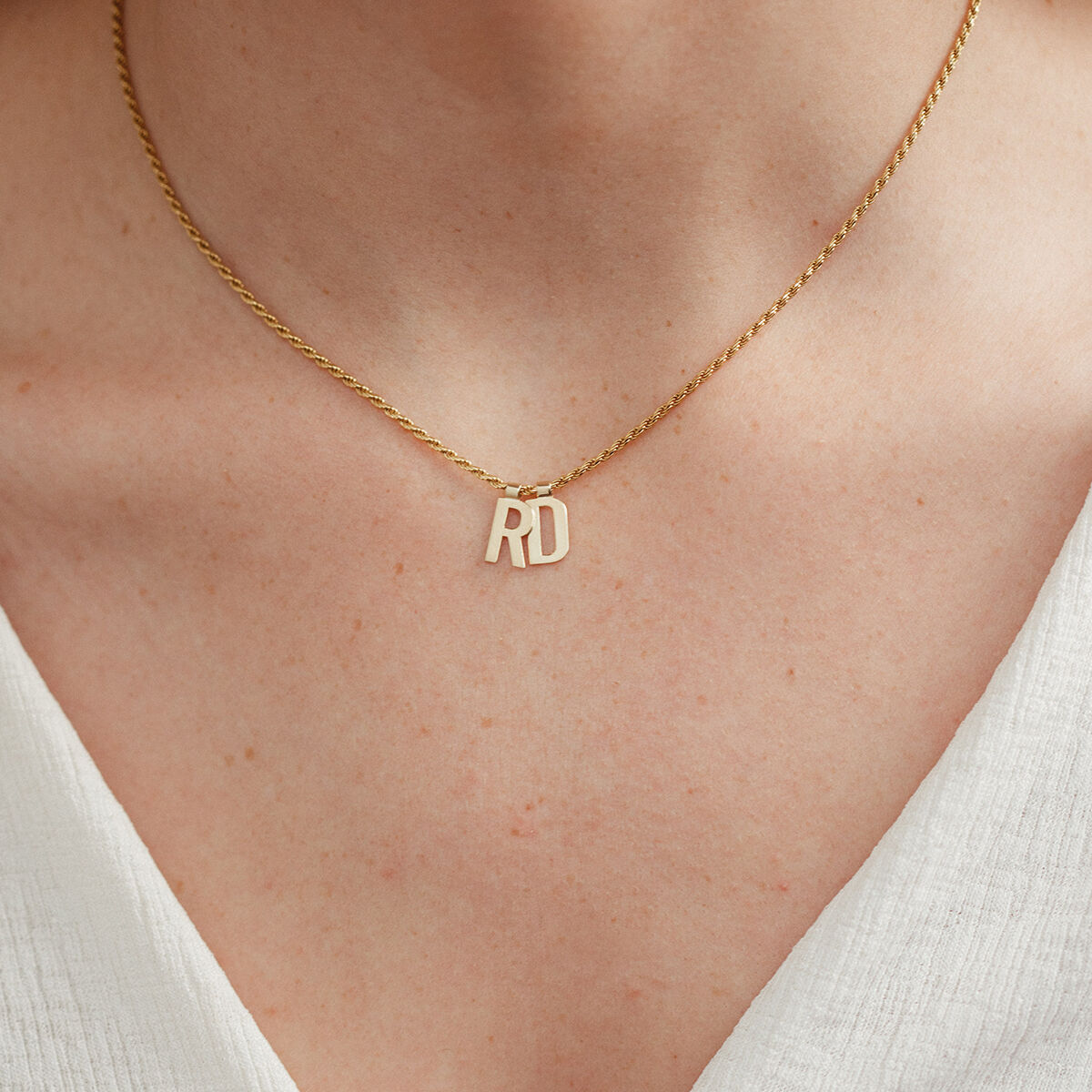 Ruby Rope Letter Necklace gold RD