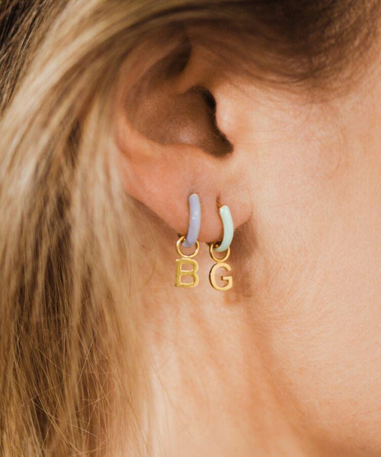 Single Chantal Letter Earring